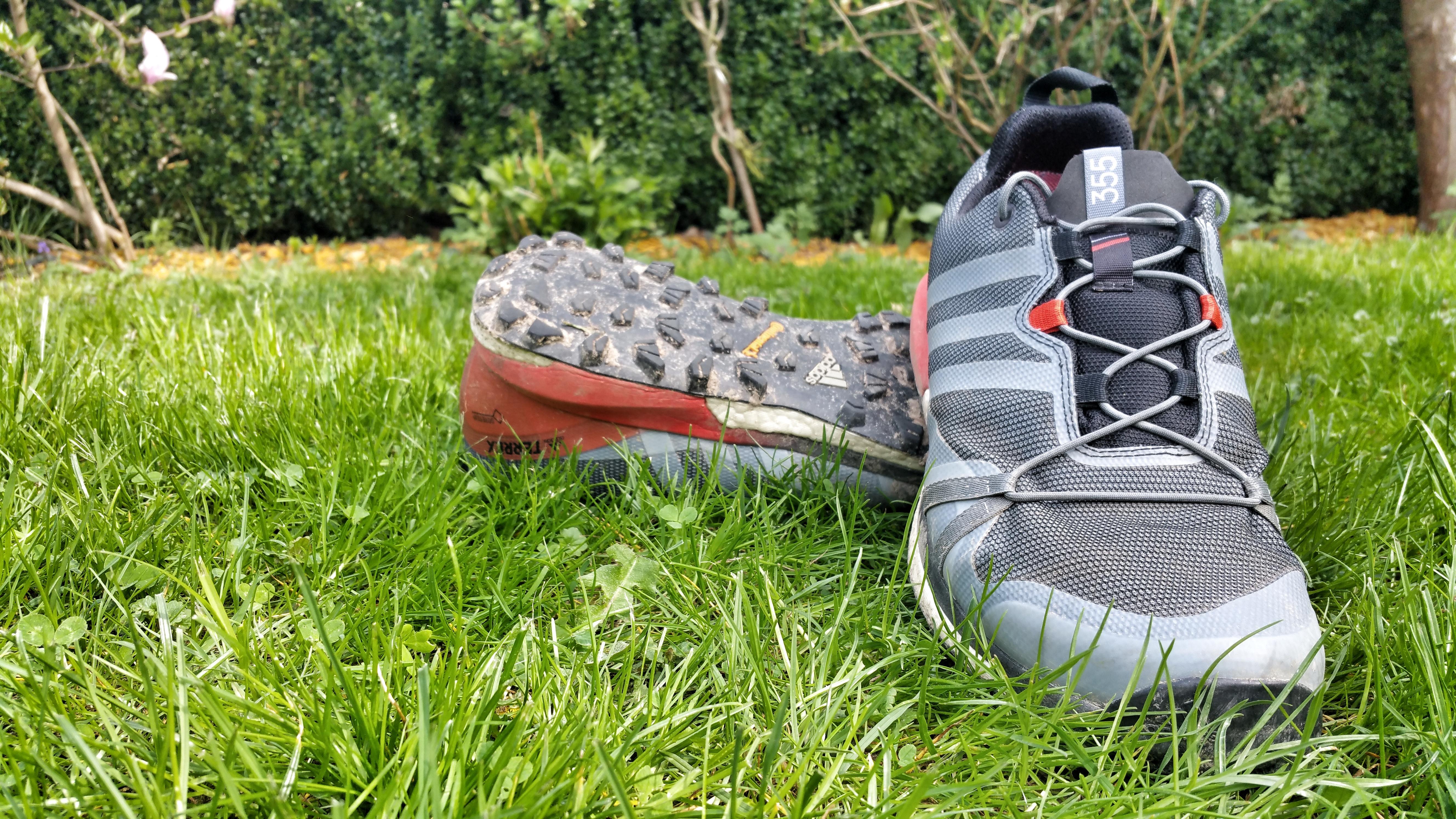 adidas CMTK Gore Tex Damen Trailrunningschuh (grau
