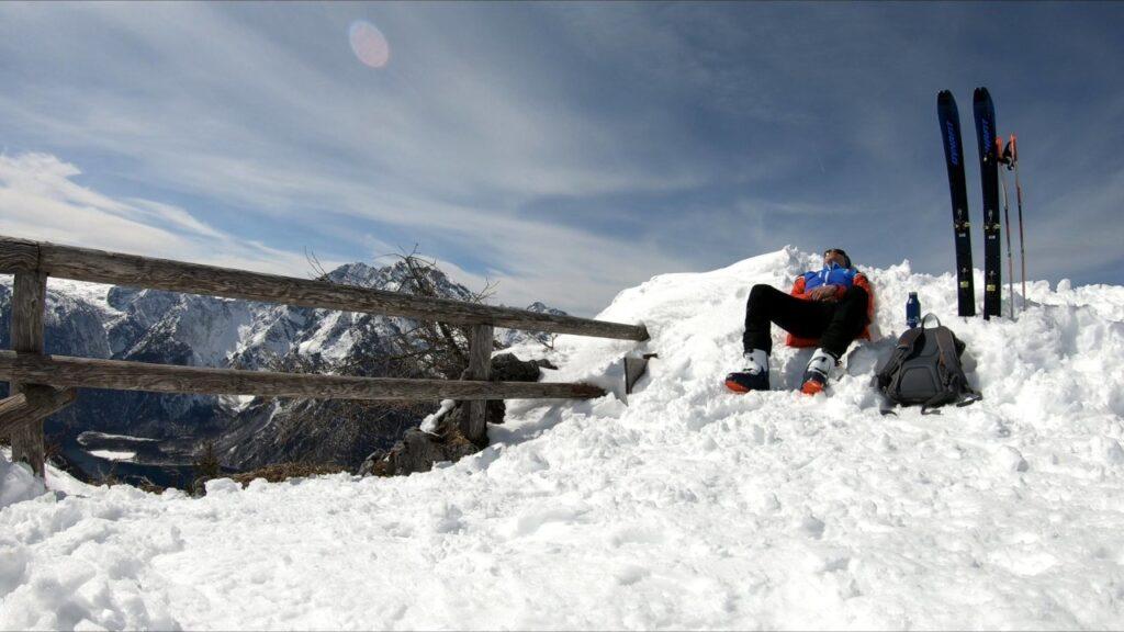 Pause auf der Aussichtsplattform unterhalb des Jenner Gipfels